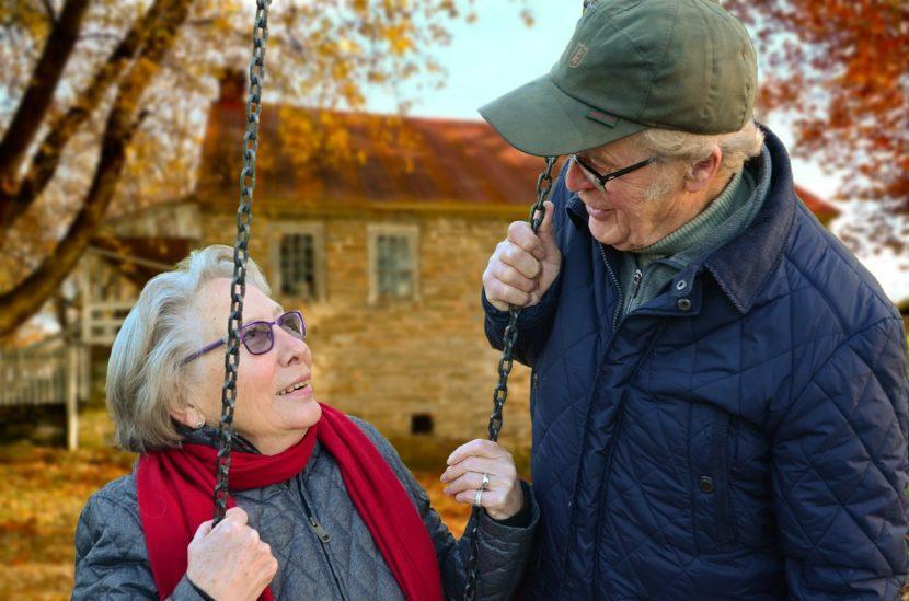 Jak zadbać o sen osoby cierpiącej na Alzheimera