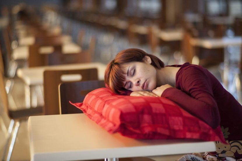 Brak snu co tracisz, gdy się nie wysypiasz