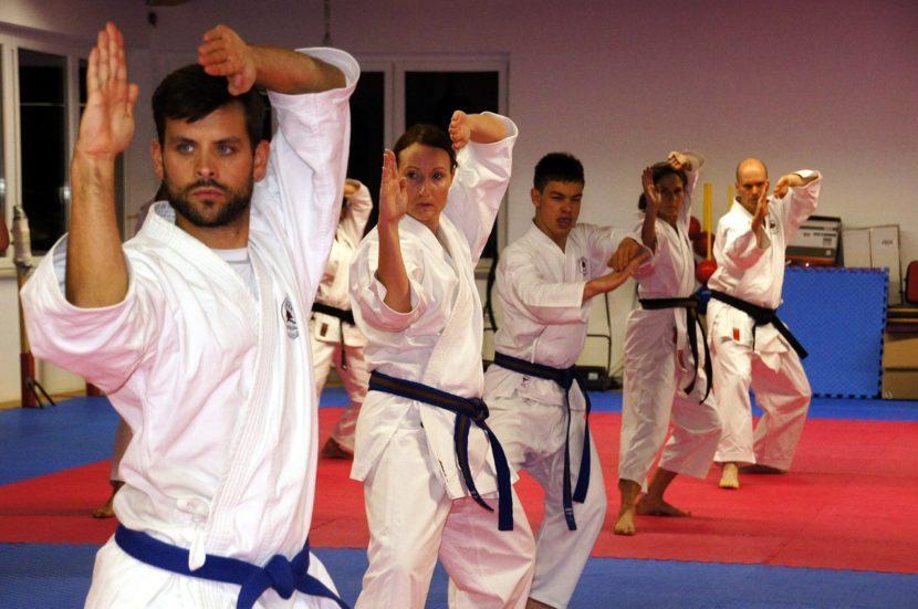Sport i ADHD najlepsze ćwiczenia rozwijające ciało i umysł